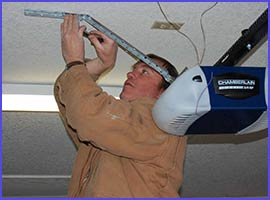 Neighborhood Garage Door Service Naperville, IL 630-909-9606
